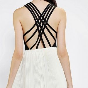 KNT Bt Kova & T/Urban Dress W/Criss Cross Back